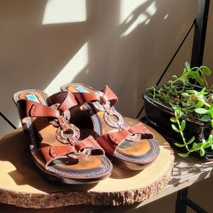 Arnold Churgin Wedge Leather Sandals Size …